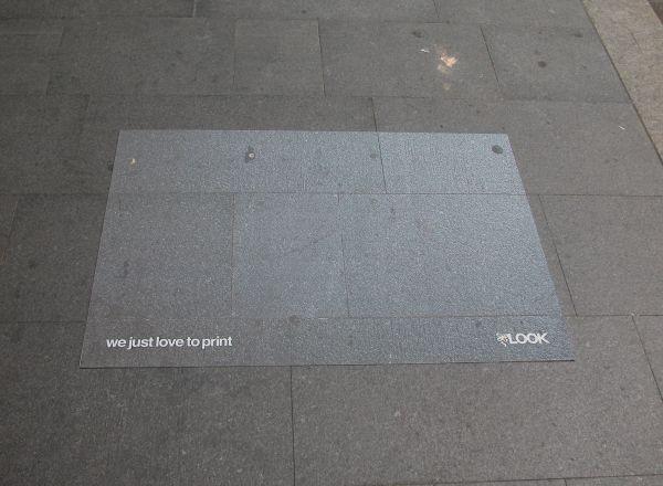 Реклама компании, специализирующейся на широформатной печати