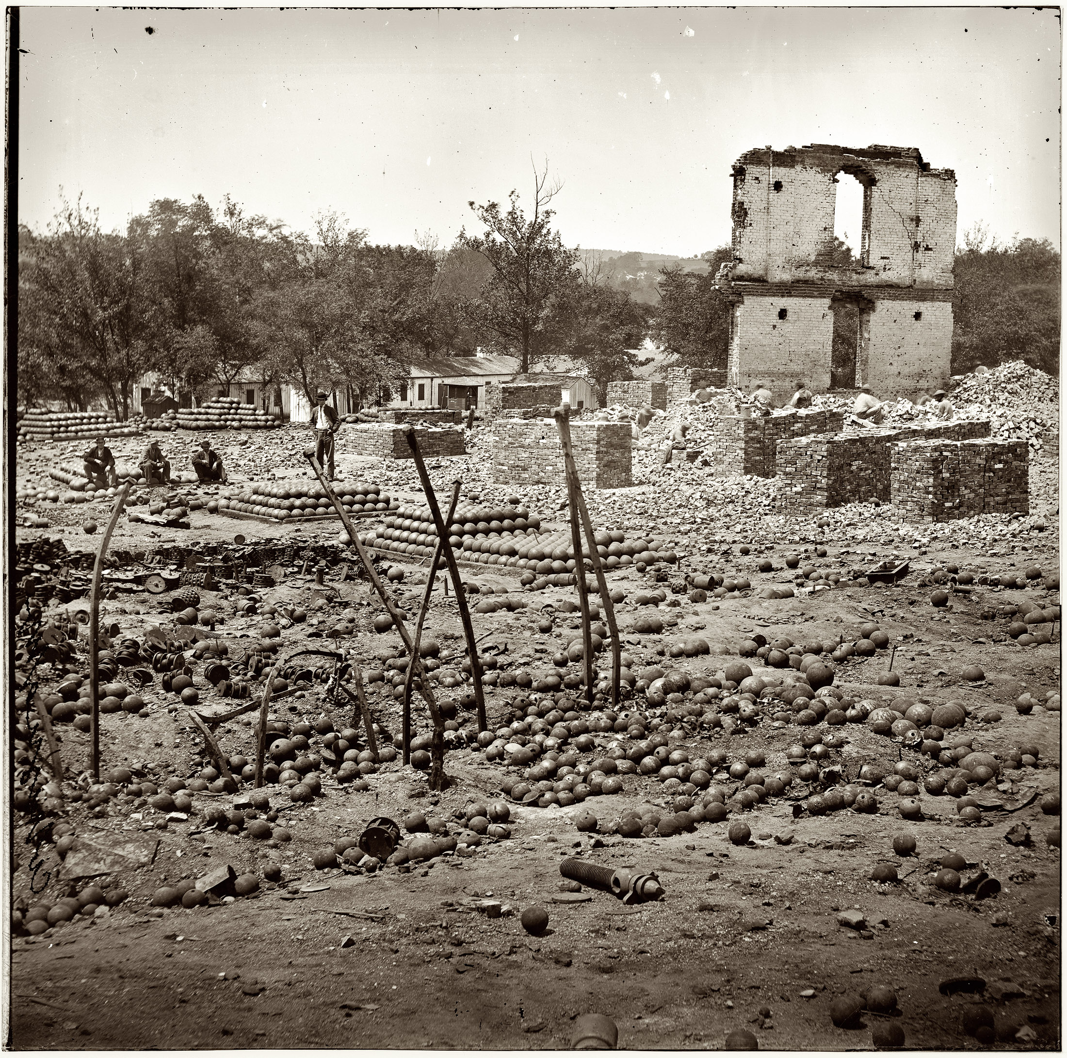 Confederate_Arsenal_1865