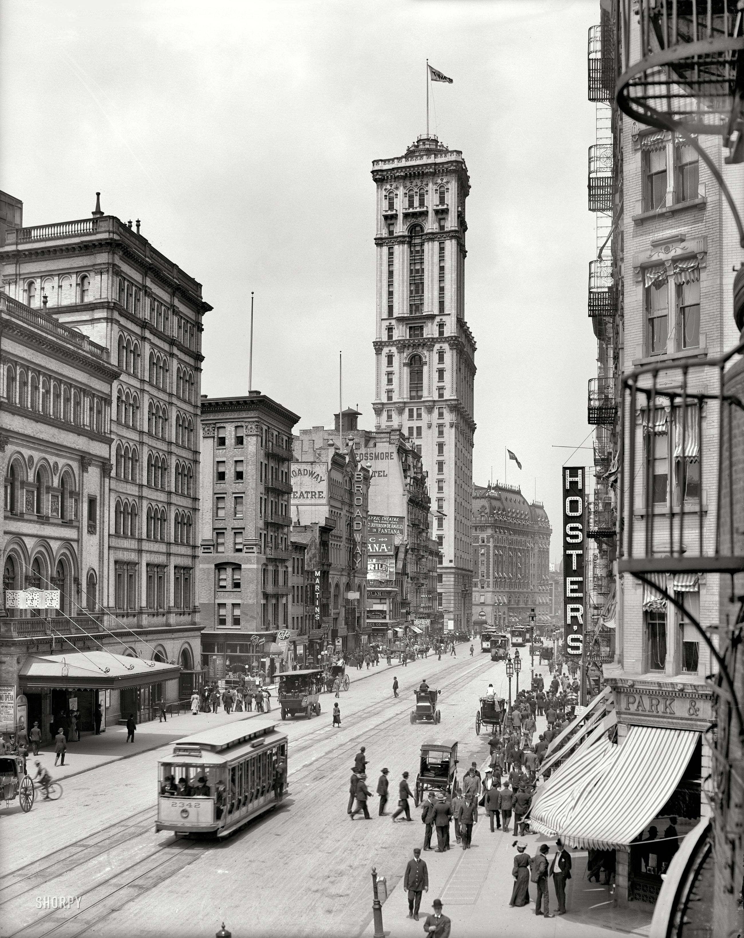 Broadway_1905