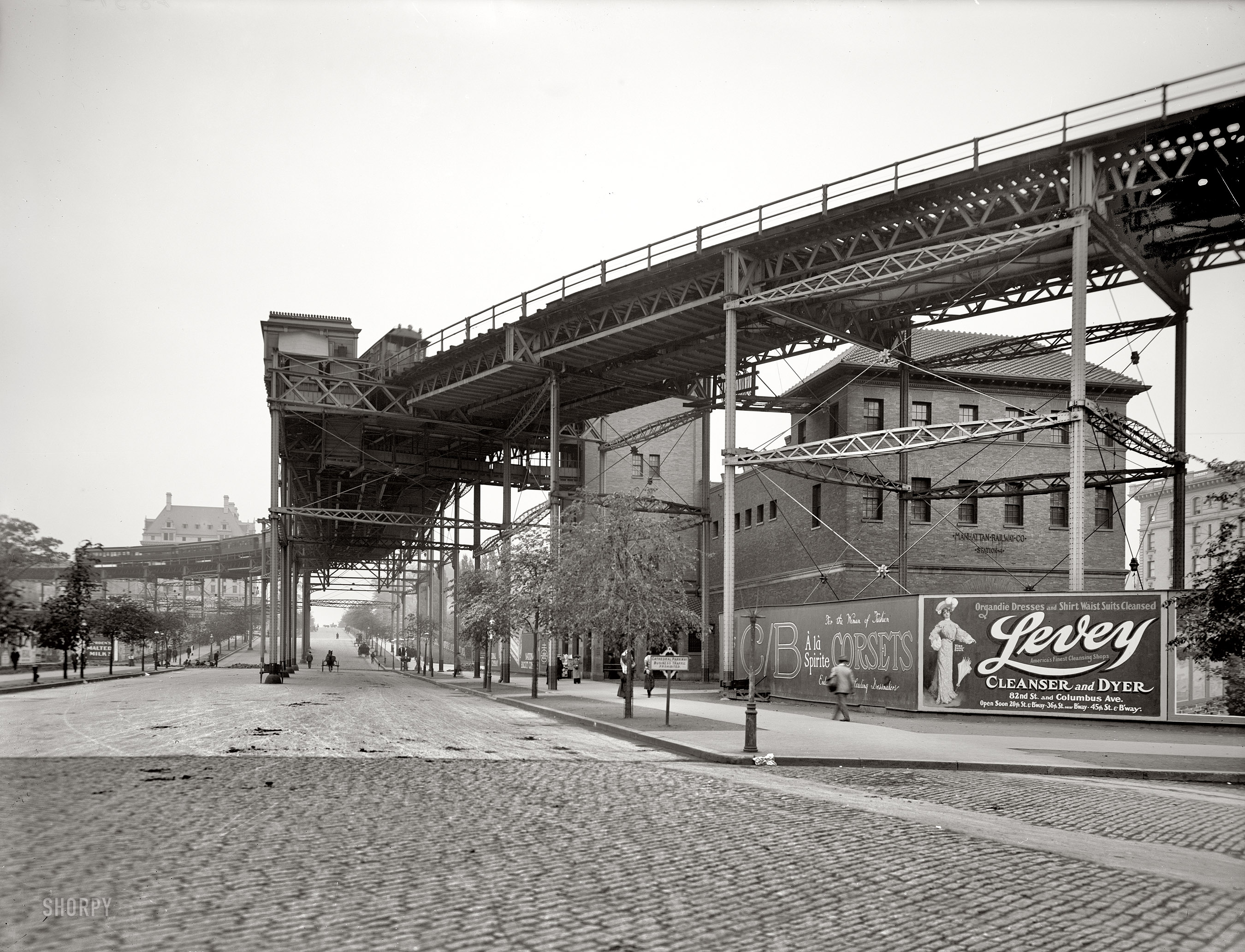Cathedral_Parkway_1905