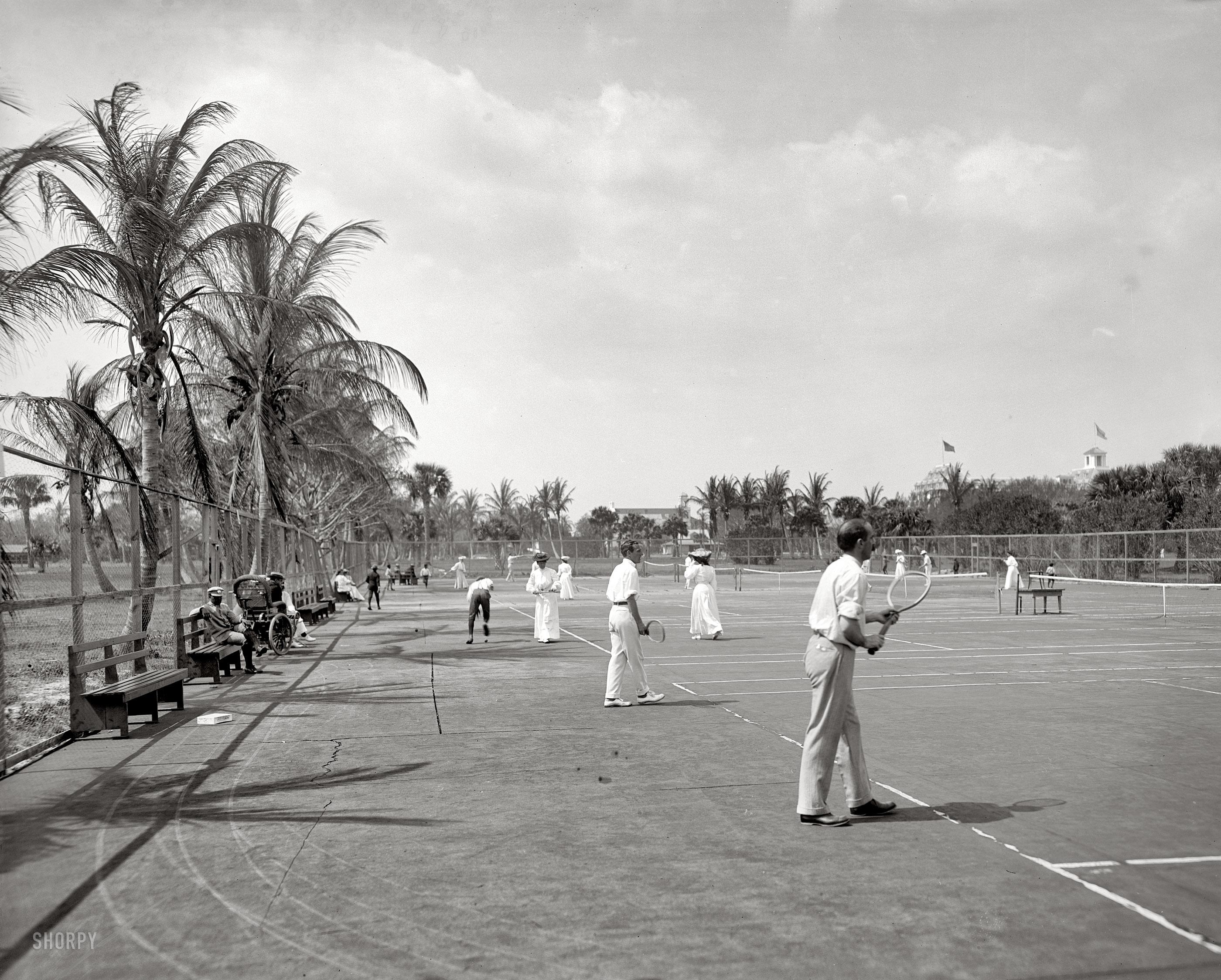 Florida_circa_1905._Tennis_courts_at_Palm_Beach