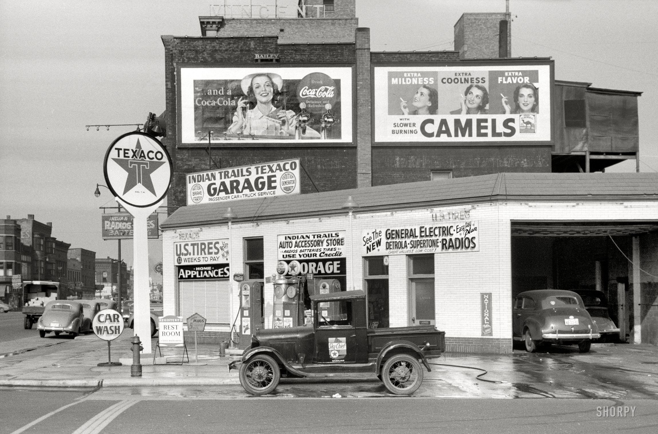 Indian_Trails_Texaco_1940