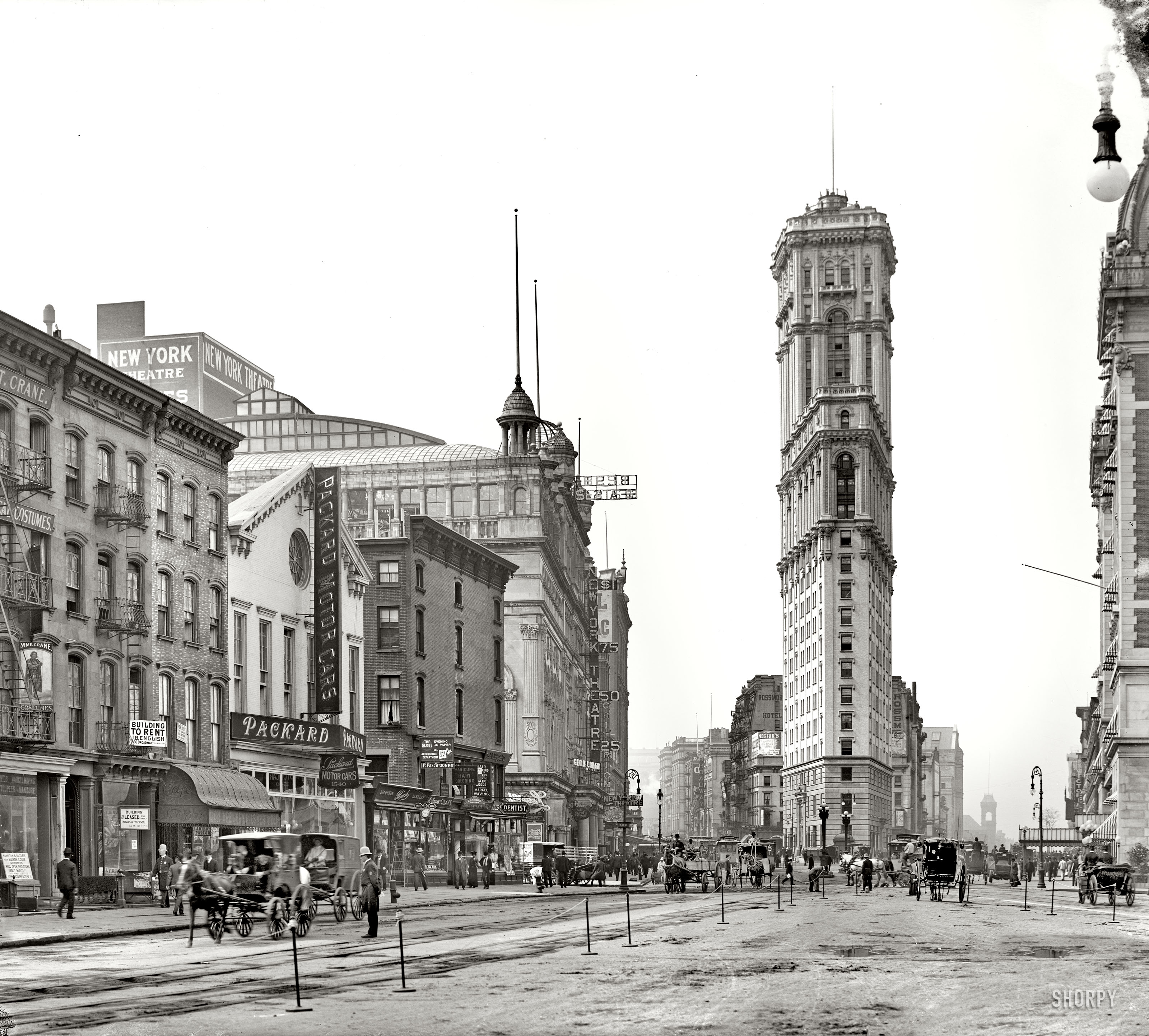Longacre_Square_1904
